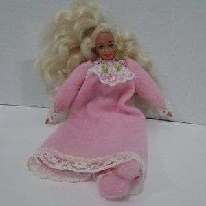 Vintage 1993 Bedtime Barbie soft body doll sleepin
